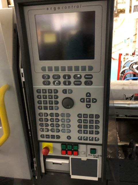 (1) USED 38 TON 1.8 OZ DEMAG MODEL 350/320-80 ERGOTECH SYSTEM INJECTION MOLDING MACHINE MFG  NEW: 2001
