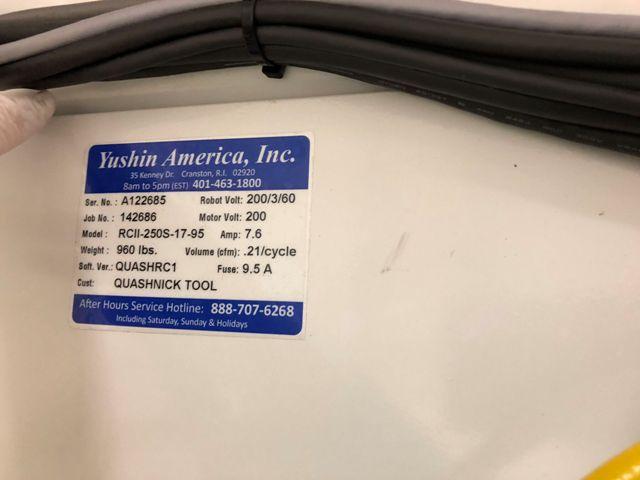 (1) USED YUSHIN ROBOT MODEL RCII-250S-17-95  MFG  NEW: 2012