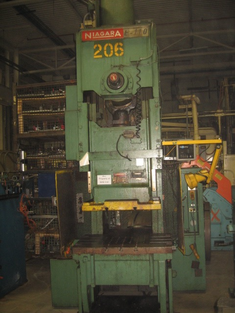 110 TON NIAGARA OBI PRESS