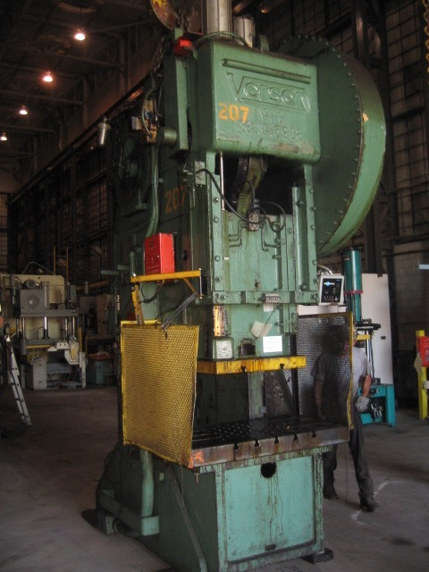 110 TON VERSON GEARED OBI PRESS