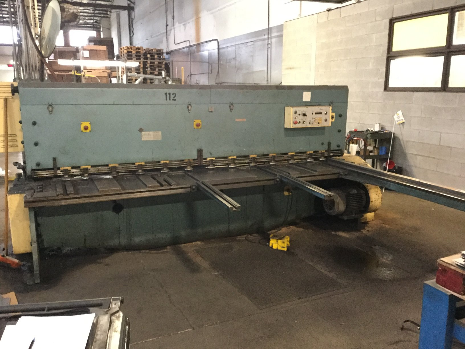 "10' x 1/4"" AMADA POWER SQUARING SHEAR"