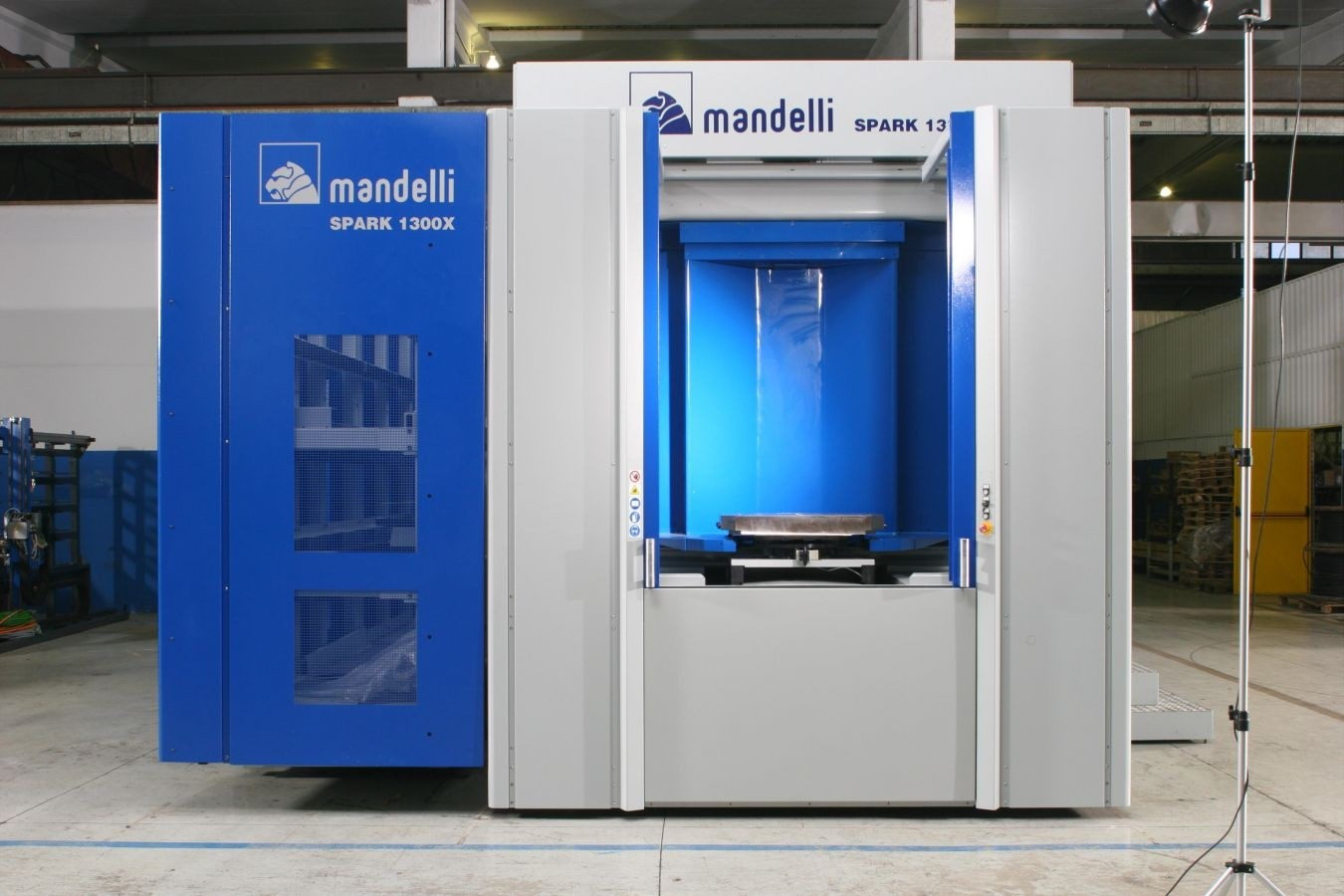 Mandelli Spark X 2100 CNC Horizontal Machining Center