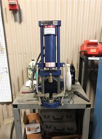 EATON SYNFLEX MARK IX POWER SWAGING COUPLING MACHINE