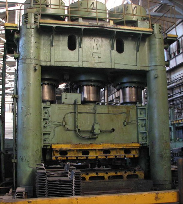 "5000 Ton, DNEPROPRESS P204, 43""DLO, 144"" X 79""BA, MUST SELL"