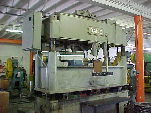 """75 Ton, DAKE 27-683, 12""""Str, 12""""DLO, 120"""" x 42""""BA, 500 IPM, 1974"""