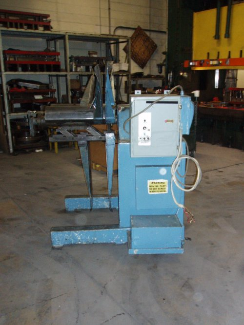 "4000 Lb., FEEDLEASE, No. PR-4M-24, 24"" WIDE, MOTORIZED"