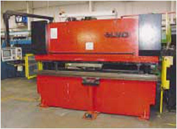 "110 Ton, LVD 110-BH-10, 10′ BA, 100"" BH, 7"" BED WIDTH, 8"" THROAT, 4 AXIS CNC"