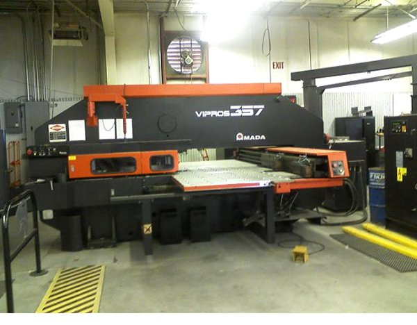 "30 Ton, AMADA, VIPROS 357 AMADAN 04PC, 72"" X, 50""Y, 44 STATION, REFURBISHED"