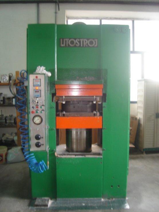 400 Ton, LITOSTROJ, 600mm DLO, 630x630mm Table
