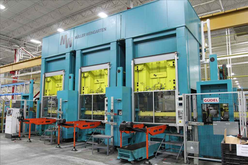 "300 TON MULLER- WEINGARTEN PRESS LINE (3) MODEL ZE-300-15/16.1.1, DOWNACTING GIB GUIDED HYDRAULIC PRESSES,20.87""STR,CUSHION,2002,LIKE NEW."