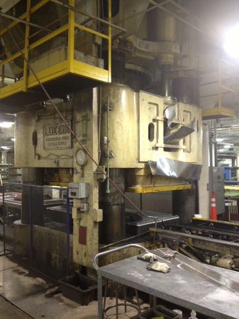 "5000 TON LAKE ERIE DOWN ACTING HYDRAULIC PRESS, 4 POST, 48"" STR, 60"" DLO, 112"" X 112"" PLATEN"