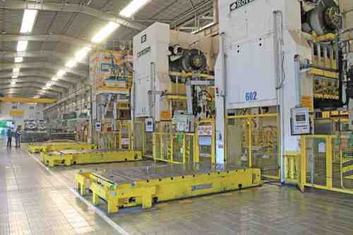 "600 TON ROVETTA PRESS LINE, MODEL S4-600-3300-2130, 20"" STR, 65"" DLO, 132"" X 84"" BA, 15 SPM, CUSHIONS, CONSISTING OF (4) PRESSES WITH A 1200 TON LEAD OFF DOUBLE ACTION PRESS"