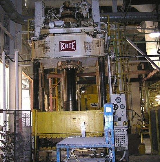 "600 TON ERIE 4 POST HYDRAULIC PRESS, 80"" STR, 100"" DL, 100"" X 65"" BA"
