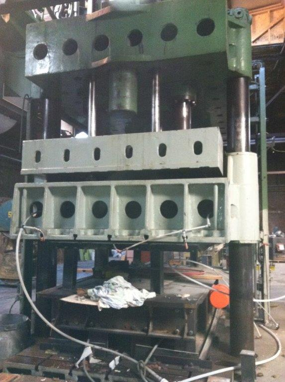 "800 TON LAKE ERIE 4 POST DOWN ACTING HYDRAULIC PRESS, 52"" STR, 76"" DLO, 160"" X 96"" BA"
