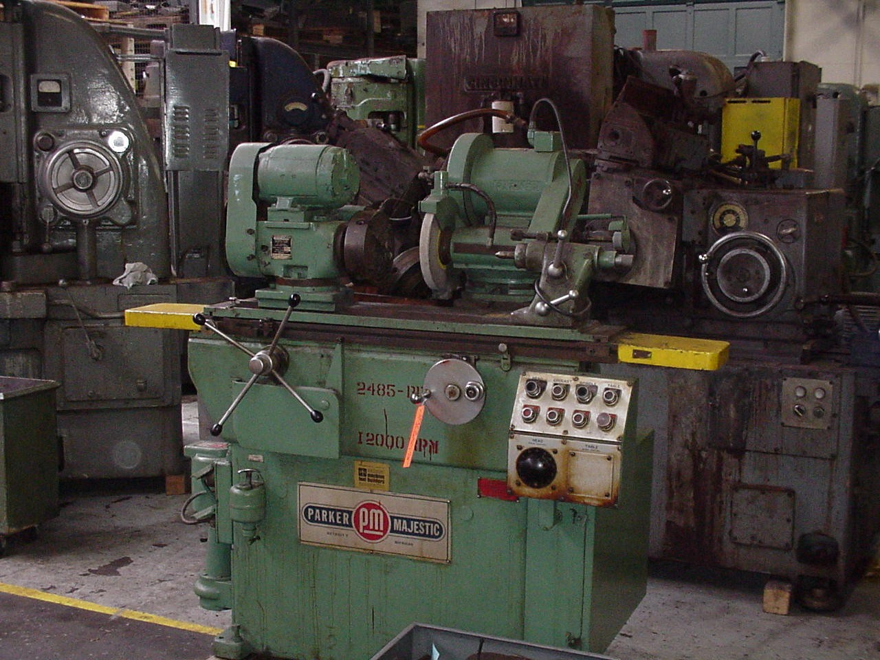 """12"""" X 16"""" PARKER MAJESTIC ID/OD UNIVERSAL GRINDER, 10"""" X 1"""" X 3"""" WHEEL SIZE, RECONDITIONED, 1968"""