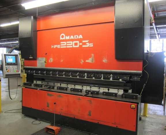"242 TON X 10′ AMADA CNC HYDRAULIC DOWN ACTING PRESS BRAKE, MODEL HFE 220-3S, 8-AXIS CNC, 126.7"" BA, 18.5"" OPEN HGT, 7.8"" STR, YEAR 2008"