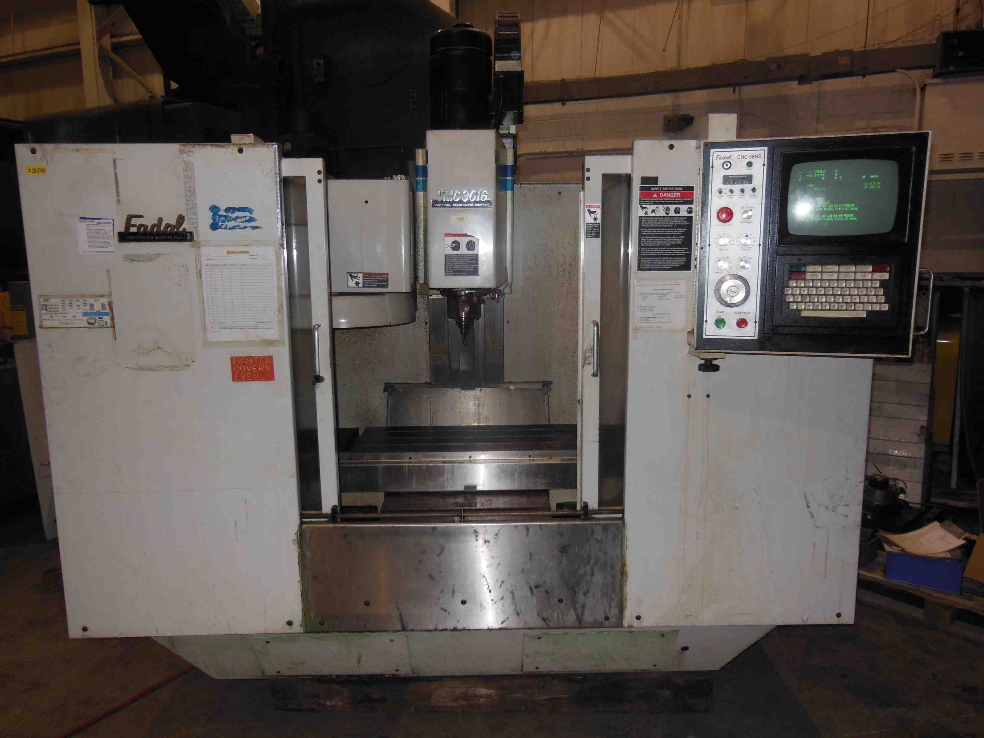 "FADAL 3016HT VMC CNC, MODEL 904-1, 30"" X 16"" TABLE, CAT 40, RIGID TAPPING, FOURTH AXIS, MP-12 PROBE, YEAR 1997"