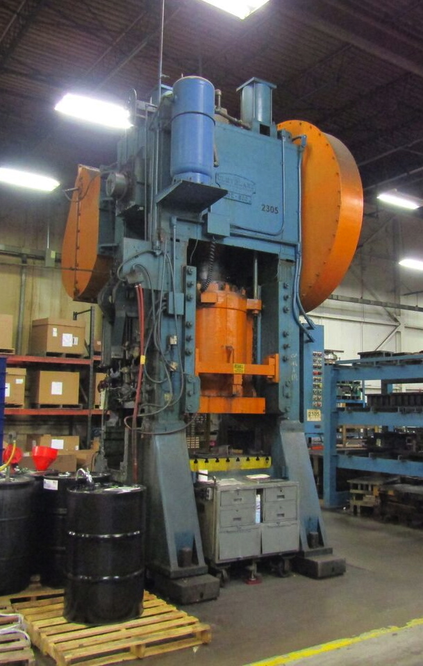 "500 TON CLEVELAND STRAIGHT SIDE SINGLE CRANK, MODEL 20E, 8"" STR, 22"" SH, 6"" ADJ, 44"" LR X 36"" FB BA, 20 SPM"