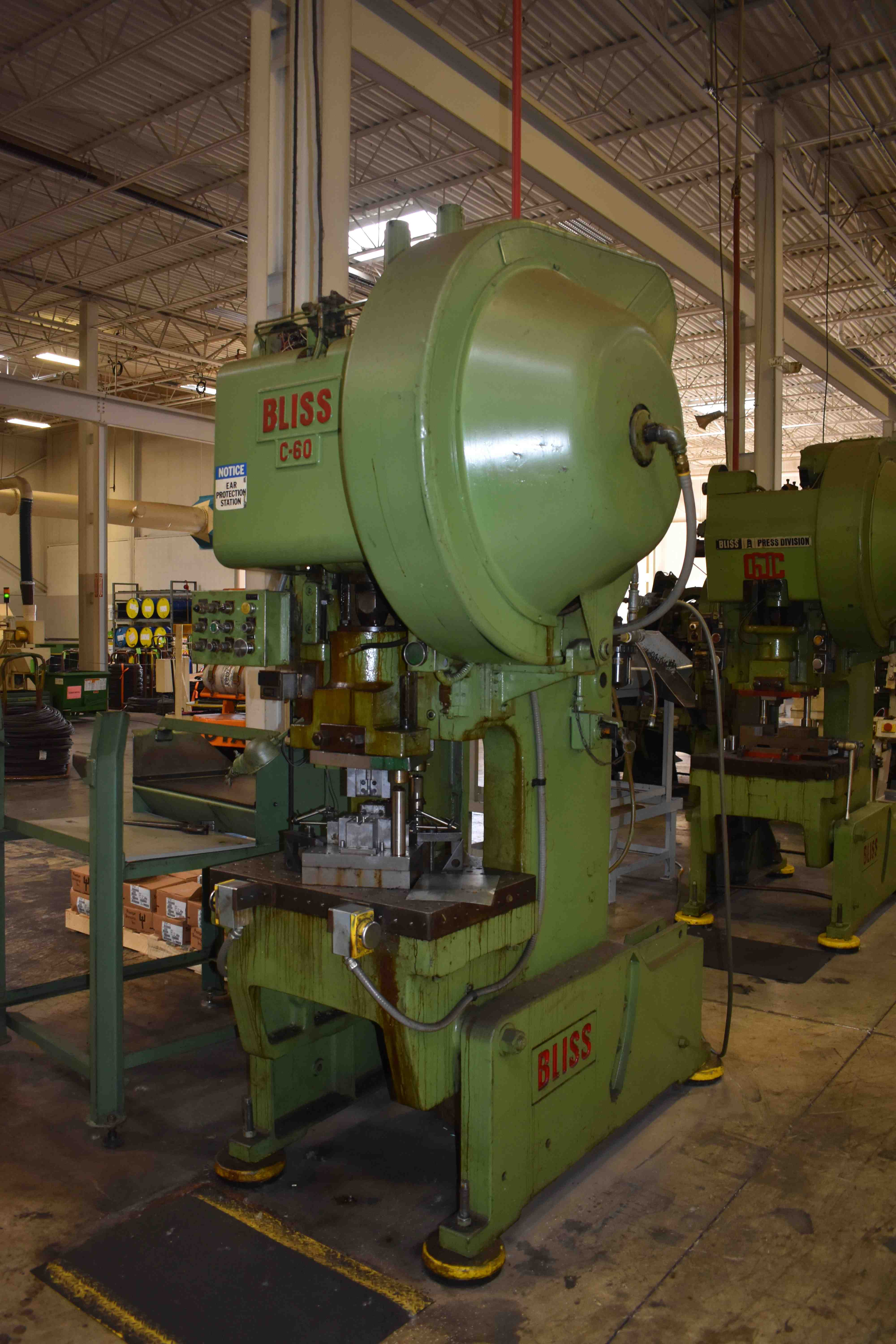 "60 TON BLISS OBI PRESS, MODEL C60, 3.50"" STR, 14.75 SH, 3"" ADJ, 32"" LR X 21"" FB BED, 90 SPM"