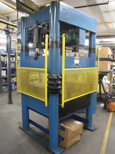 Beckwood 4P31F4238 4-Post Hydraulic Press (2000) 