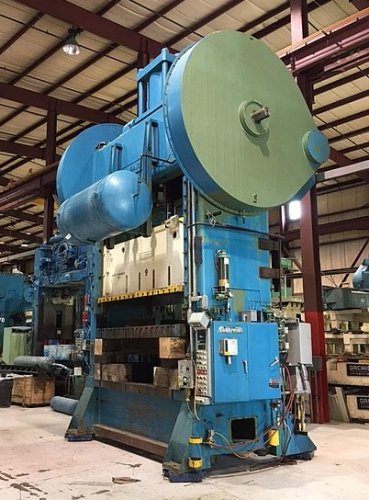 400 Ton Clearing S2-400-108-60 Straight Side Press
