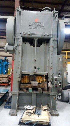 300 Ton Niagara S1-300-48-42 Straight Side Single Crank Press