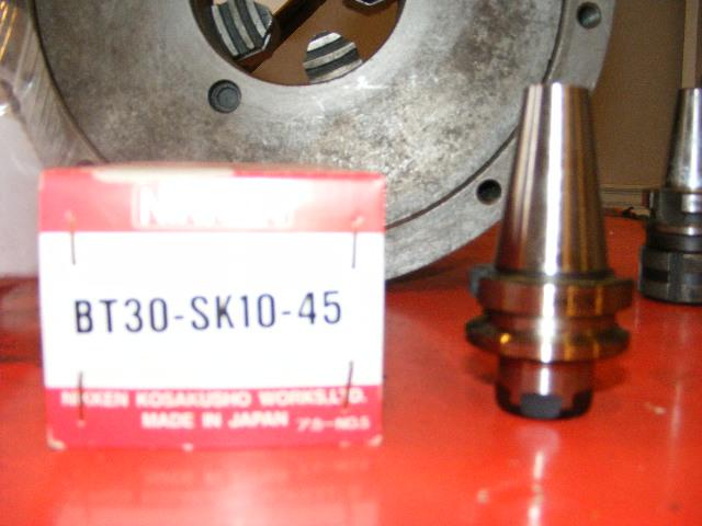 Nikken BT30 Collete Chuck, Model BT30-SK10-45, NEW