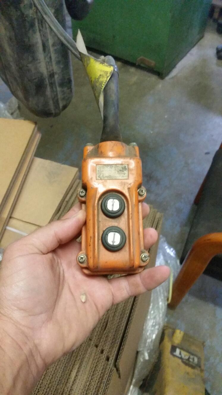 (1) PREOWNED HITACHI JET 5 TON ELECTRIC CHAIN HOIST