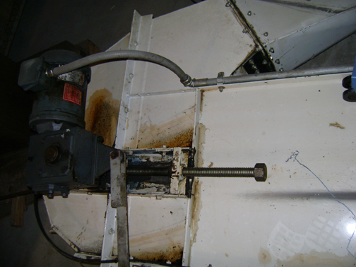 (1) PREOWNED IOWA ENGINEERED CASCADE DEBURRING AND CLEANING <br>MACHINE SYSTEM, MODEL 550-2800, NEW IN 1996