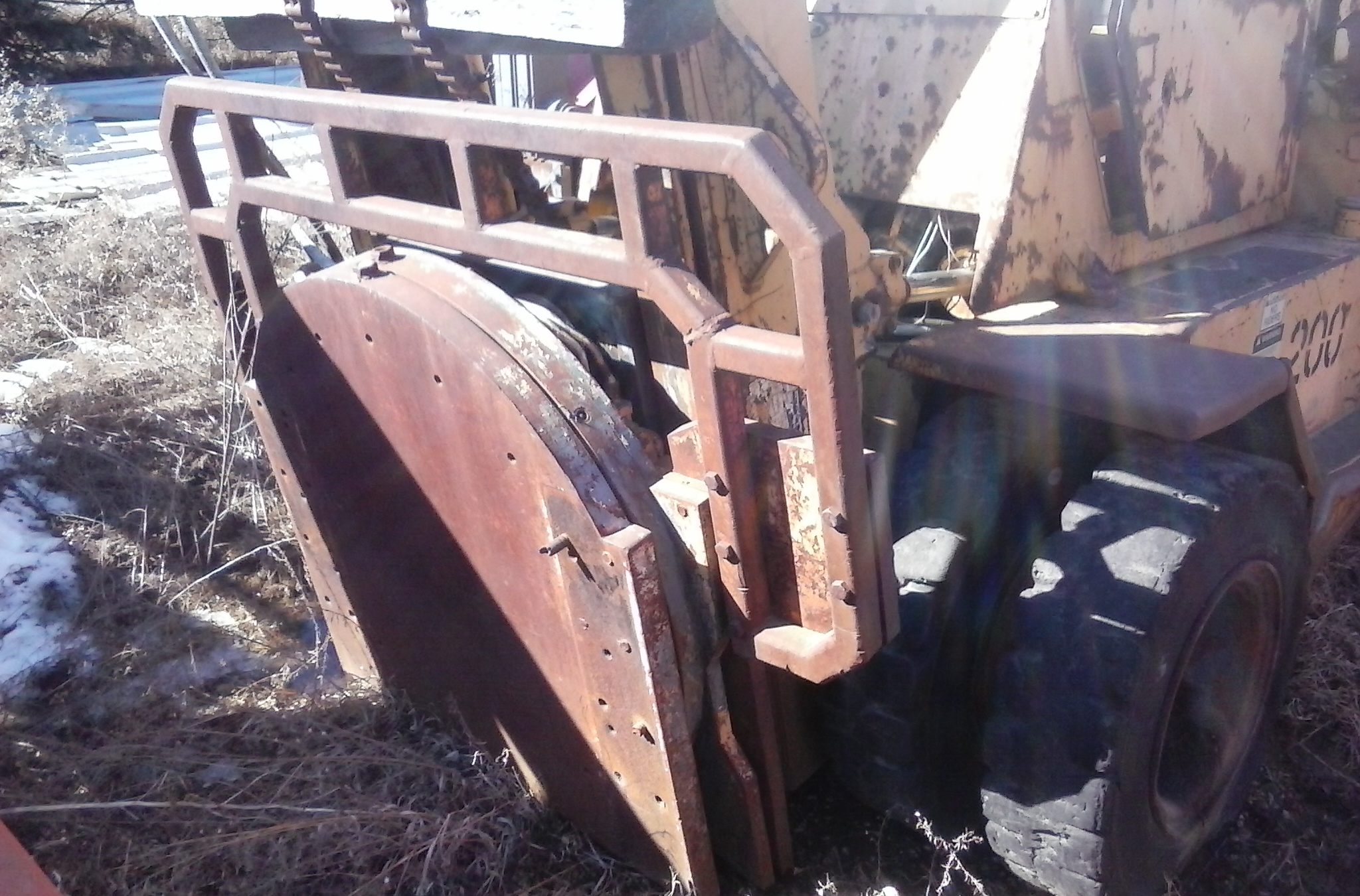 (1) PREOWNED TAYLOR 16000 LB FORKLIFT
