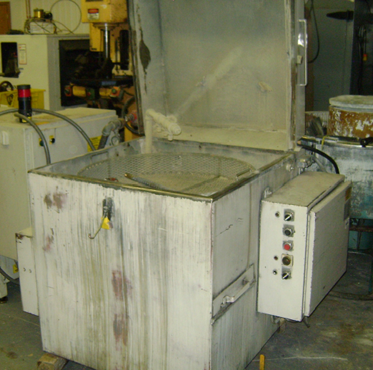 (1) PREOWNED 1993 ADF SYSTEMS TOPLOAD WASHER MODEL 800, SN <br>9310-<br>2192