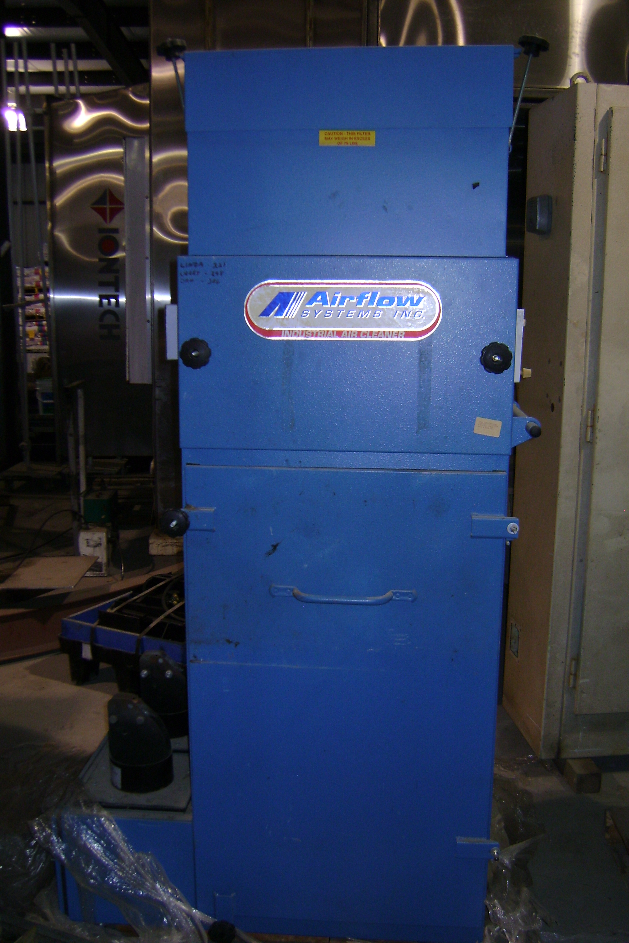 (1) PREOWNED AIRFLOW SYSTEM WITH EZ ARM EXTRACTION SYSTEM <br>AIR <br>HANDLER