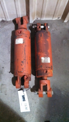 (22) PRE-OWNED HYDRAULIC CYLINDERS 4.5 in  X 8 in