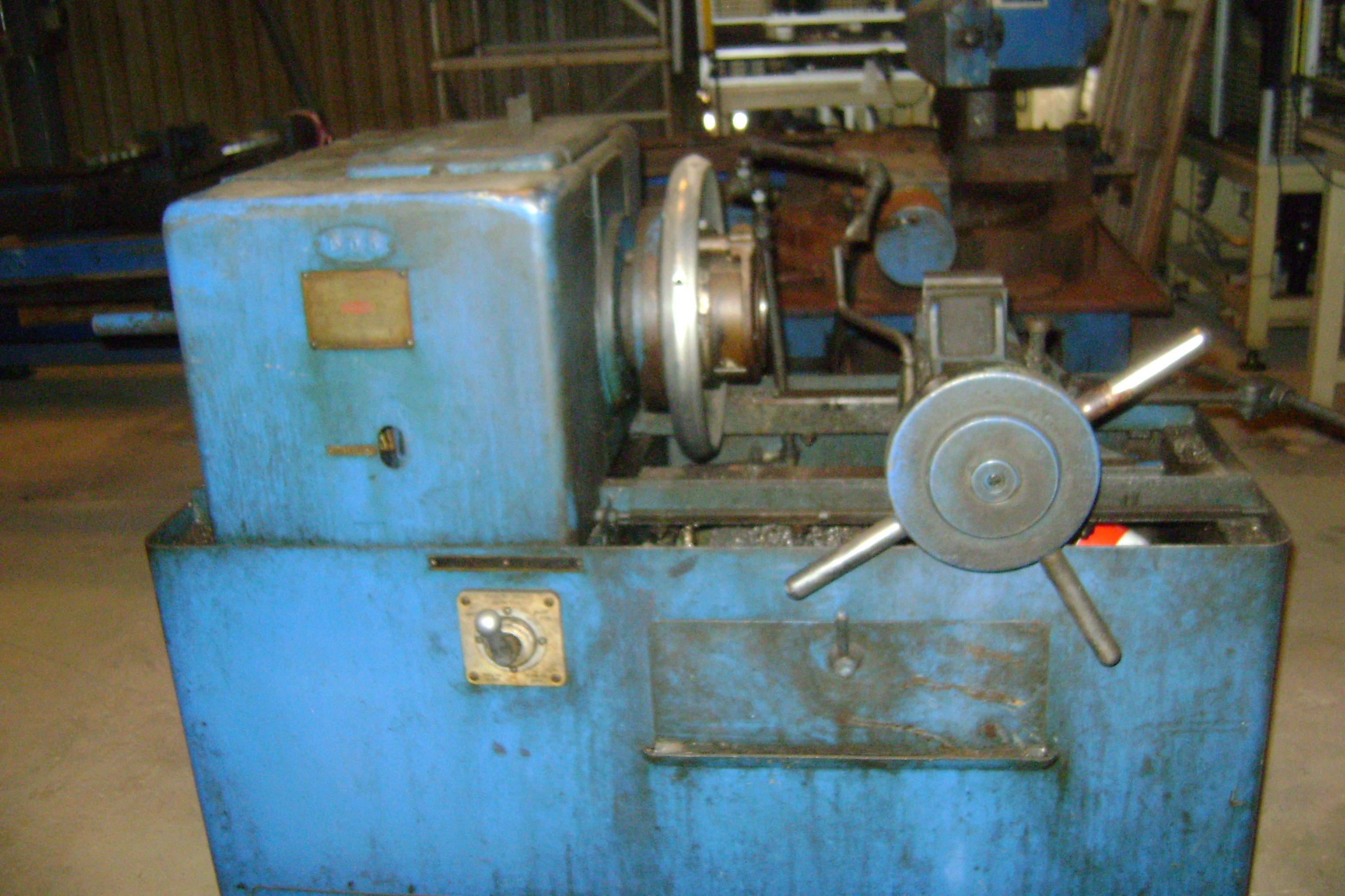 1 - PREOWNED OSTER  in RAPIDUCTION JR in  POWER THREADER,<br>MODEL #: 782-R, S/N: MW-14, YEAR 1953