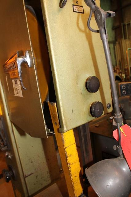 (1) PREOWNED STARTRITE VERTICAL BAND SAW, MODEL #: V500F, <br>S/N: 113997