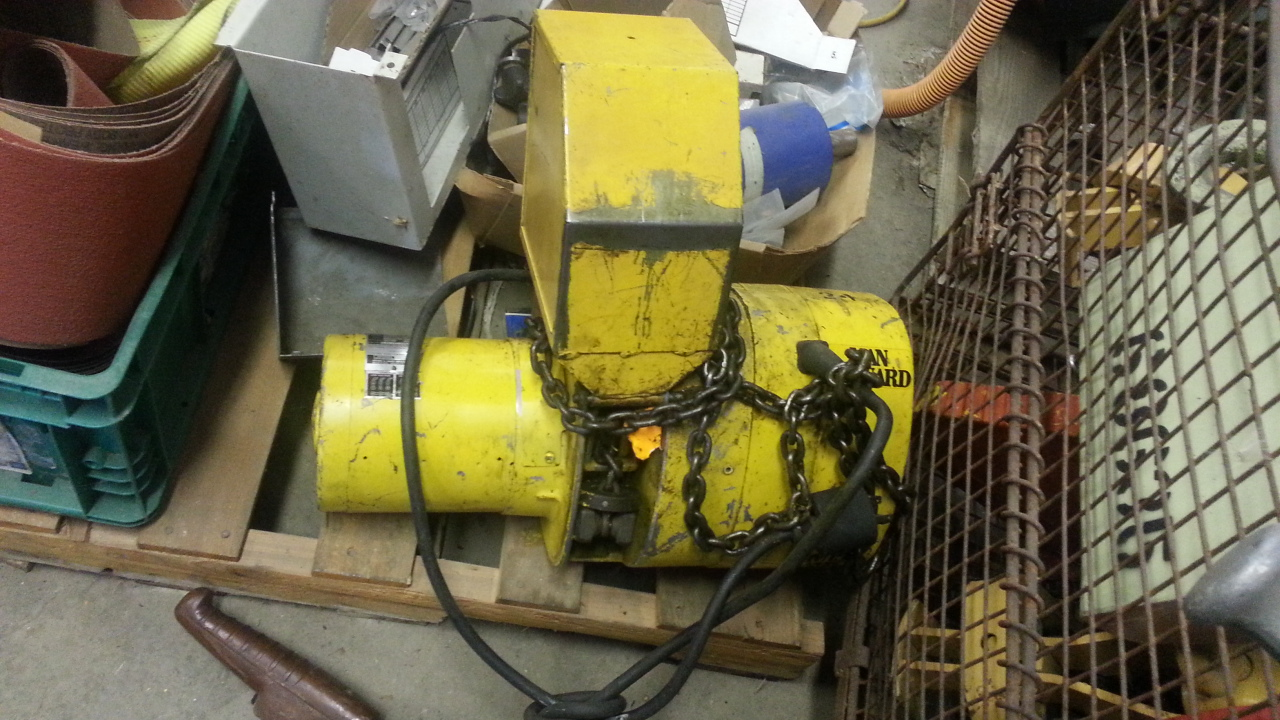(1) PREOWNED BUDGIT 1/4 TON ELECTRIC CHAIN HOIST, MODEL <br>113450, S/N 136543