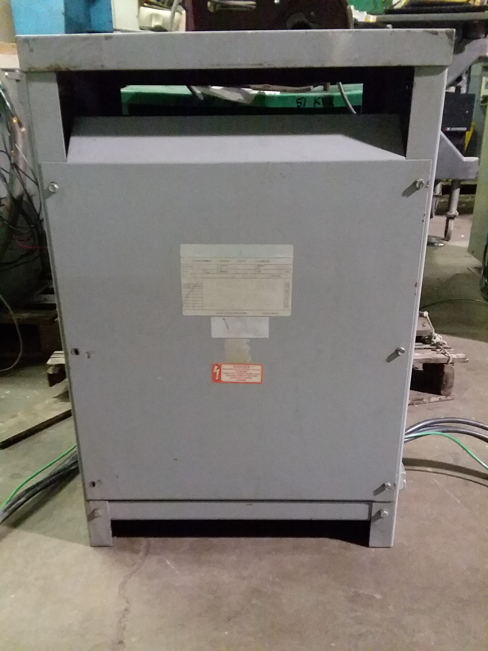 (1) PREOWNED 3 PHASE TRANSFORMER, 30 KVA, 480 VOLT PRIMARY, <br>240/120 VOLT SECONDARY