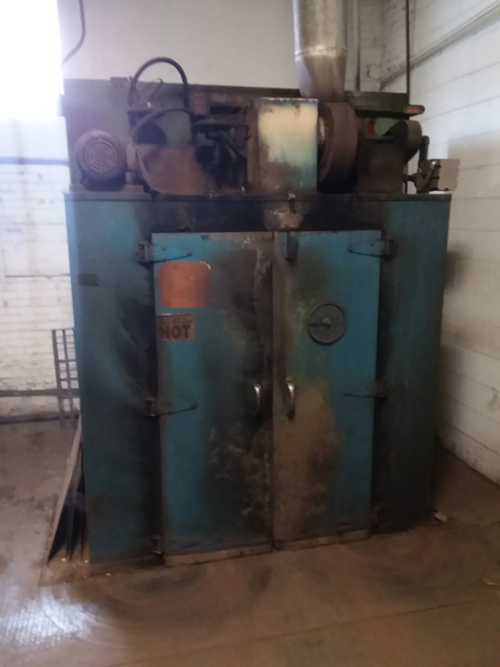 1 - PREOWNED DESPATCH OVEN, STYLE V-39HD, S/N 61739