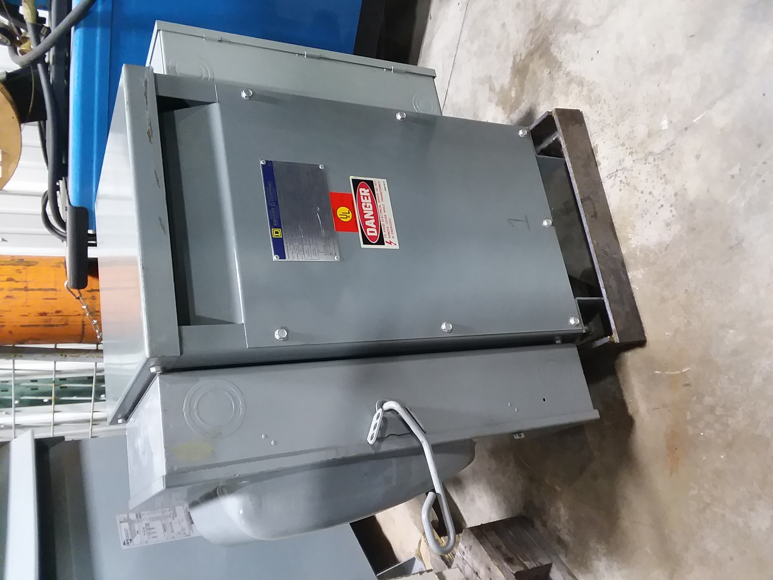 (1) PREOWNED SQUARE D 1PH PHASE TRANSFORMER<br>