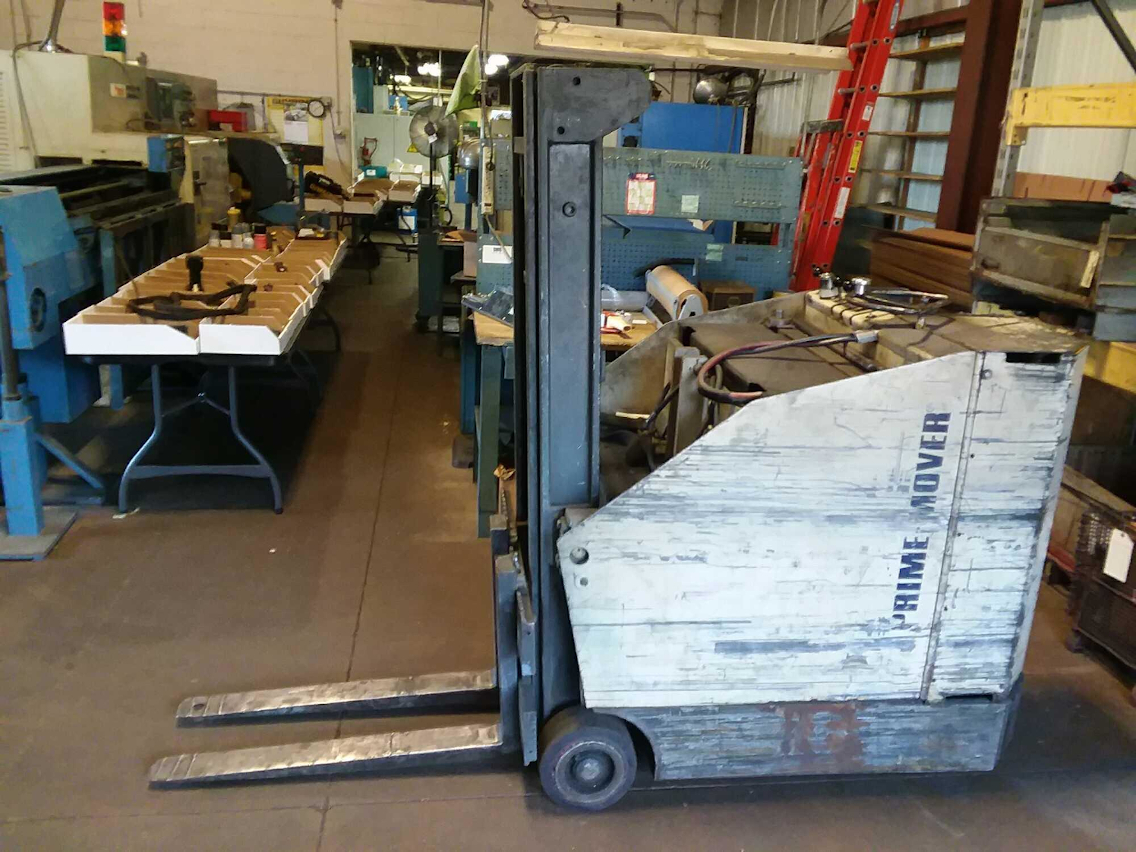 1 - PREOWNED MOVER ELECTRIC FORKLIFT, MODEL #: RC-25, <br>S/N: 1495