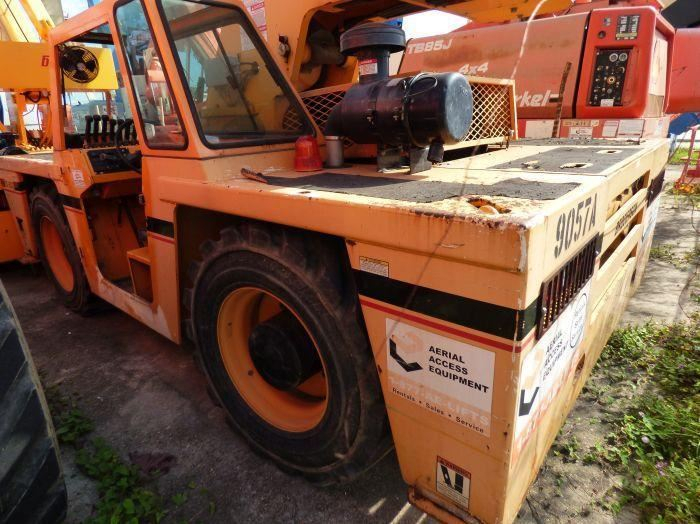 1 - PREOWNED BRODERSON CARRY DECK CRANE, MODEL #: IC-200-3G, <br>S/N:199057, YEAR: 2009