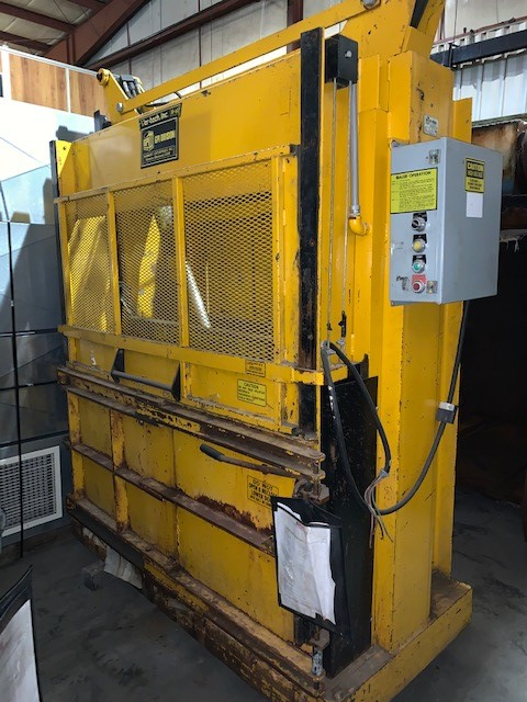 1 - PREOWNED HARMONY LOW PROFILE VERTICAL BALER, MODEL #: <br>M60MD,<br>S/N: 60263MD