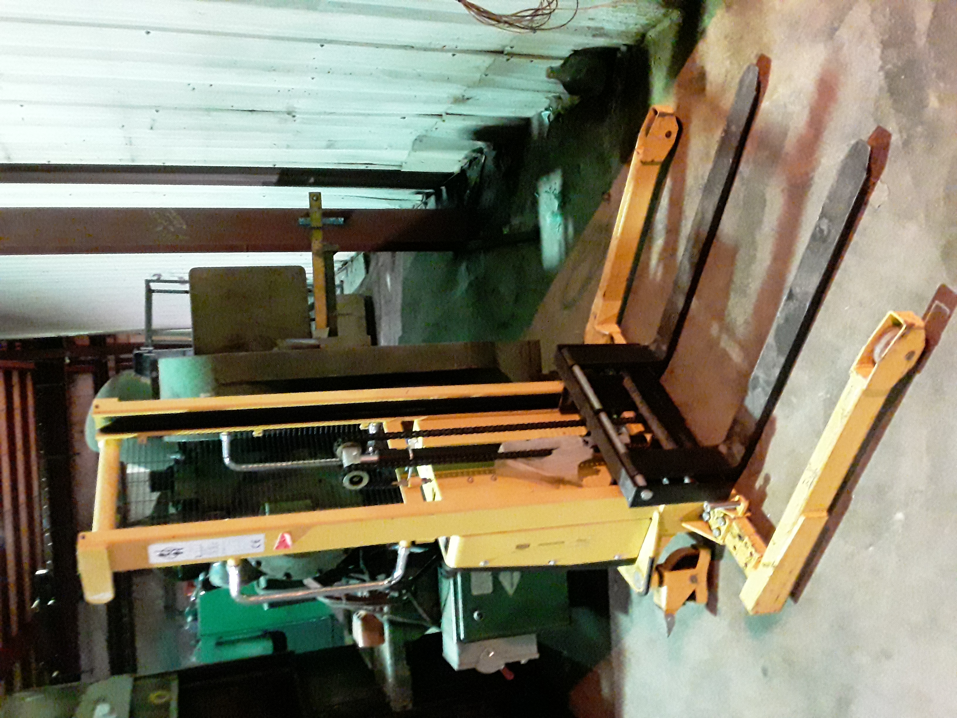 (1) PREOWNED CE SEMI ELECTRIC PALLET STACKER/STRADDLE <br>STACKER, MODEL SPN1016A, S/N 14031436-10/12