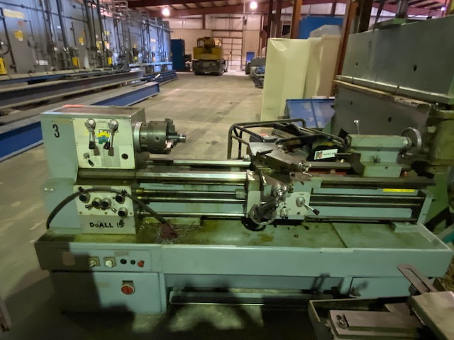 1 - PREOWNED DOALL METAL LATHE, MODEL #: L15, S/N: 142028