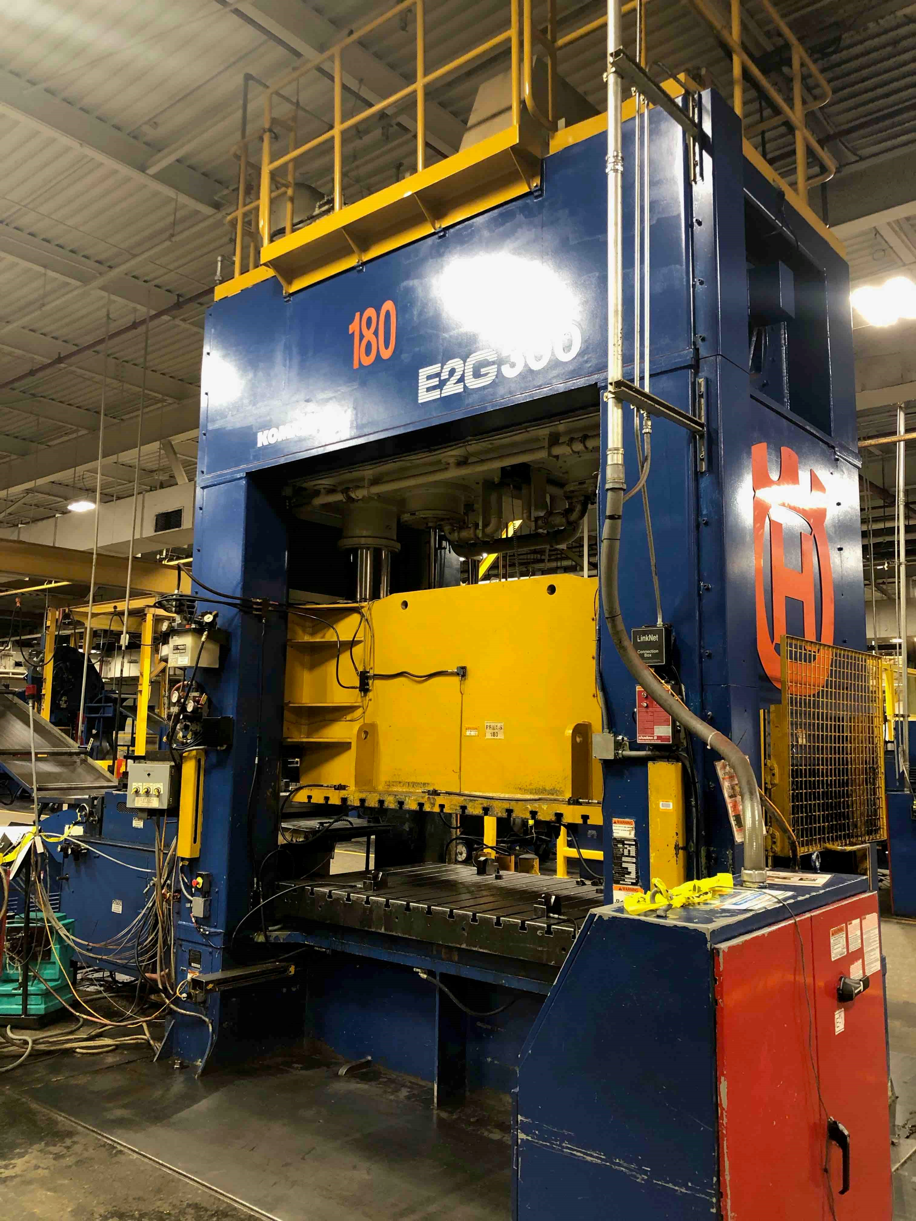 KOMATSU 330 TON STRAIGHT SIDE PRESS, STOCK# 13972J