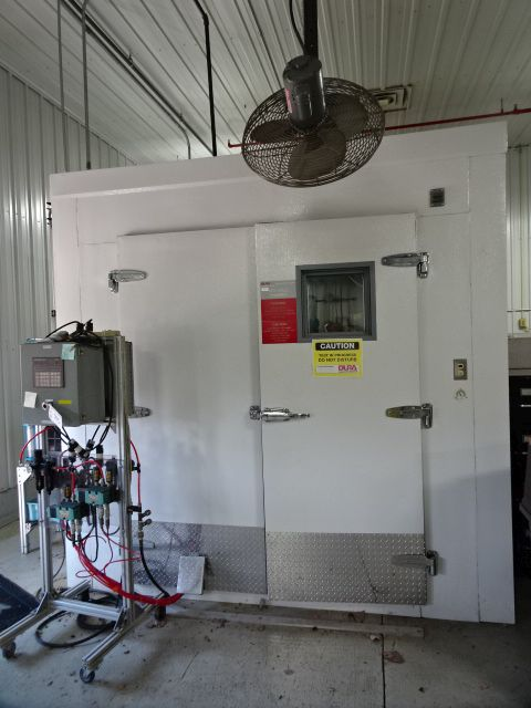 DURA TECHNOLOGIES HOT AND COLD TEST CHAMBER, STOCK# 13951J