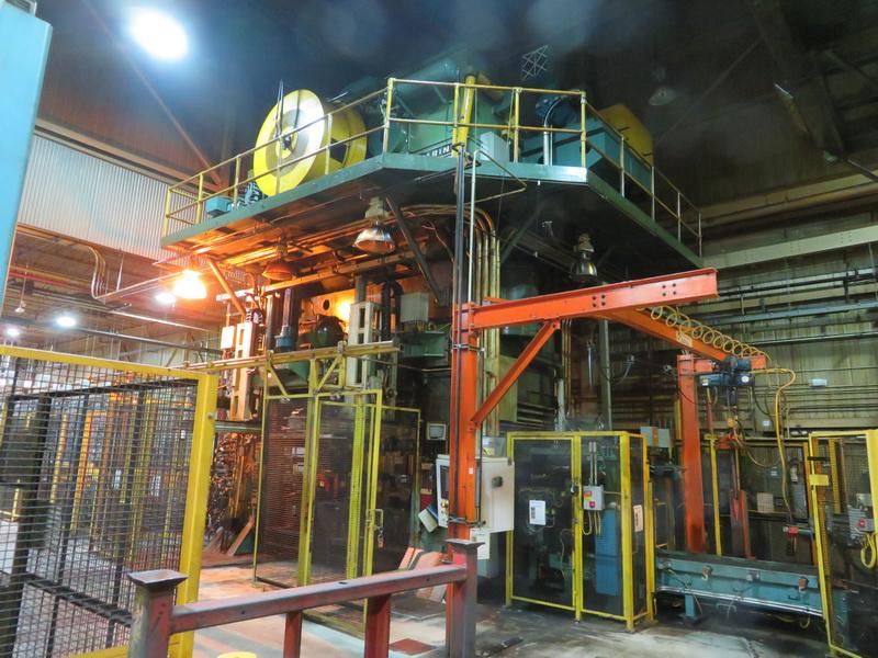 2500 Ton Clearing Press