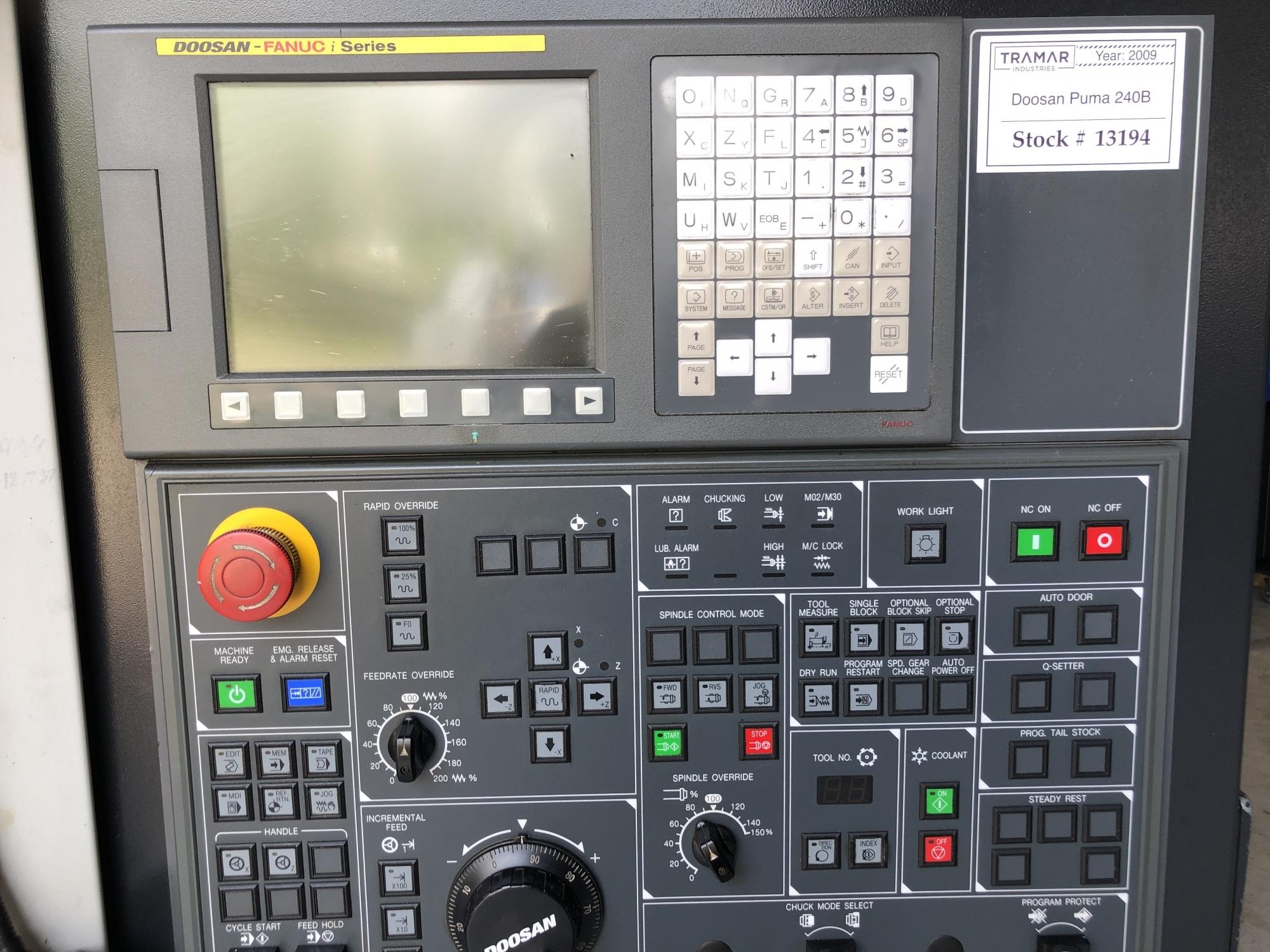 2009 Doosan Puma 240B - CNC Horizontal Lathe