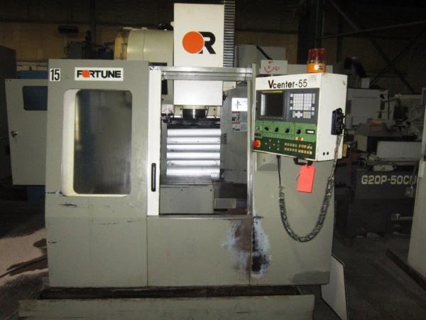 2000 VICTOR Fortune V-Center 55 - Vertical Machining Center