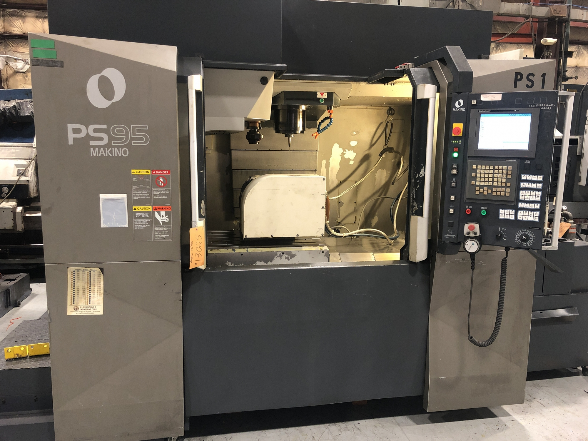 2011 MAKINO PS95 - 5 Axis - Vertical Machining Center